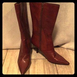 Brand new Nine West Noringo mid calf brown boots.